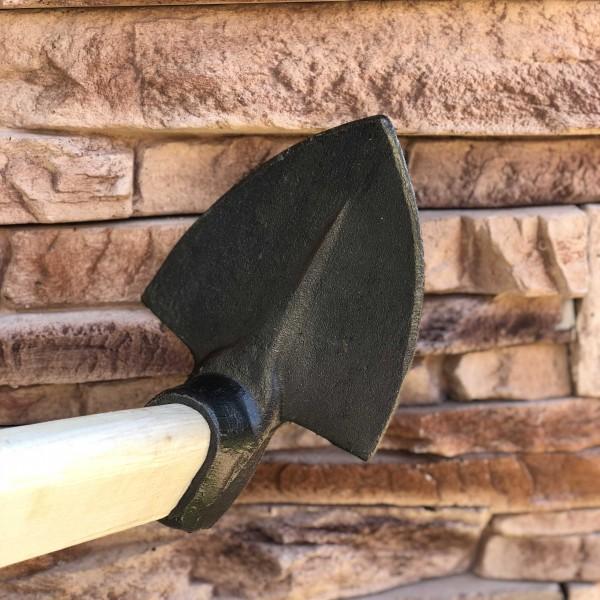 sapa metal cu coada de lemn